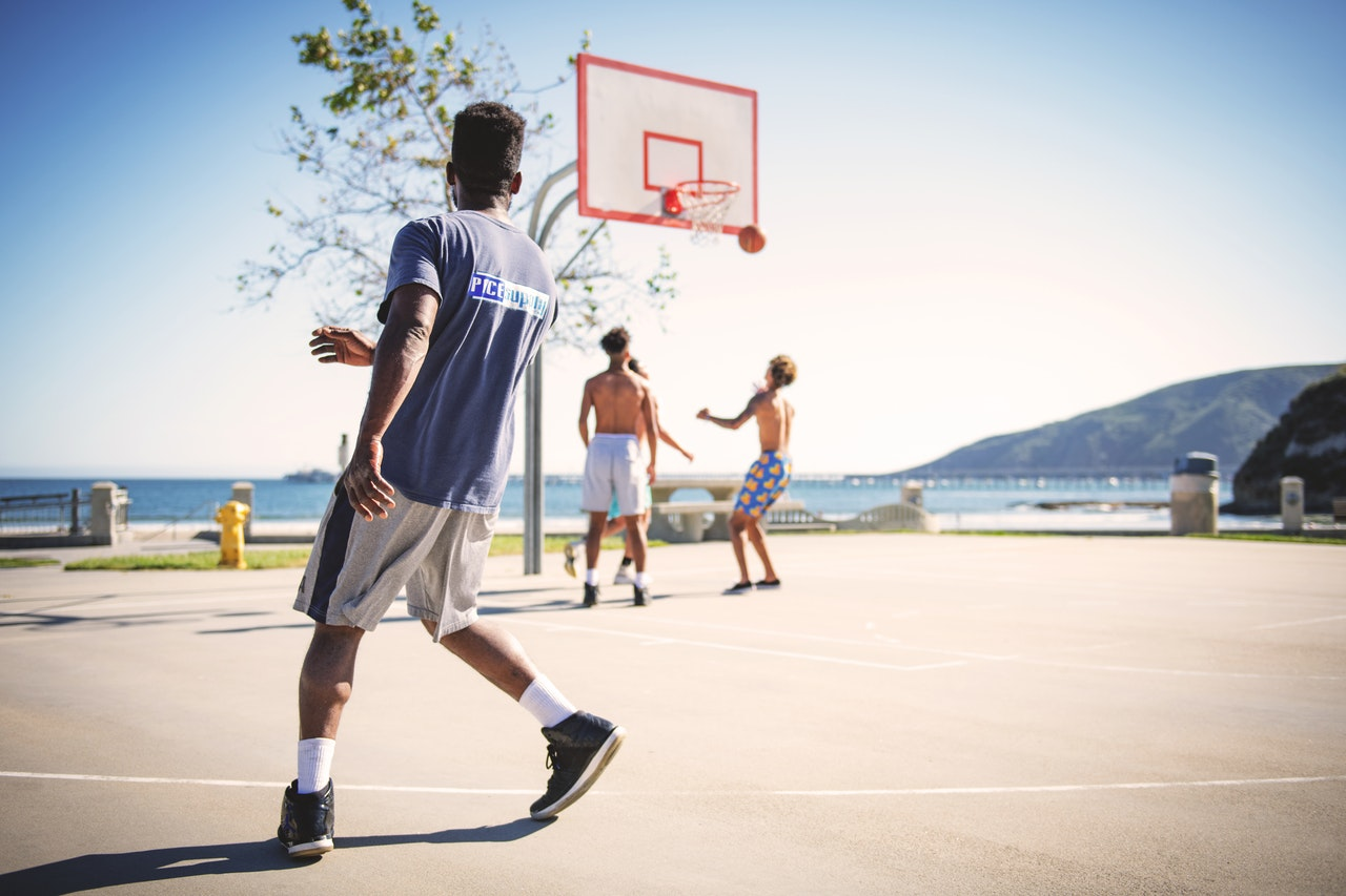 Street basketball is going to be held soon